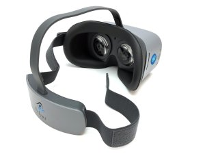 Image of NuEyes e2 electronic magnifier