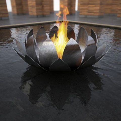exceptional-outdoor-fireplace-designs-with-portable-and-metallic-features2