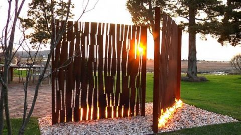 exceptional-outdoor-fireplace-designs-with-portable-and-metallic-features5