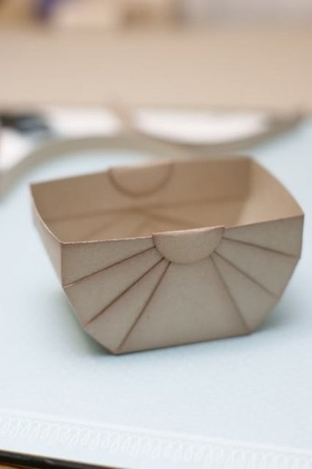 DIY Paper Storage Or Gift Basket