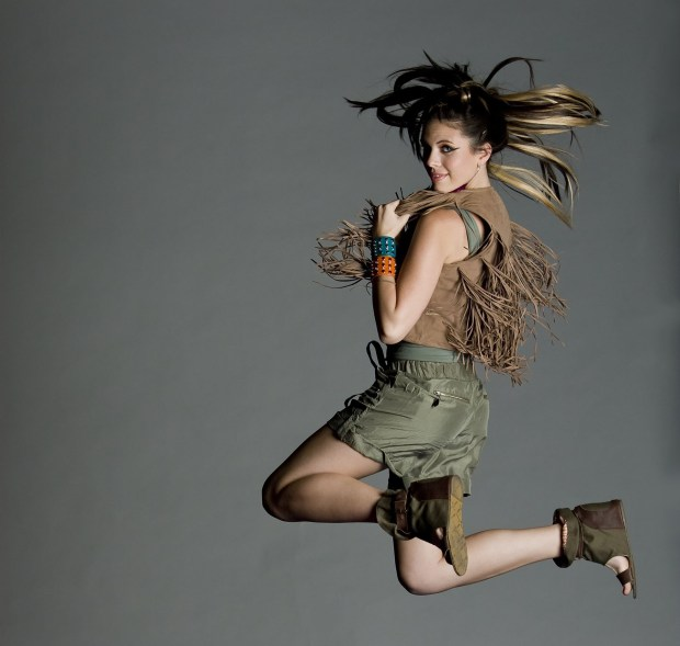 Amazing Model posing and Jumping
