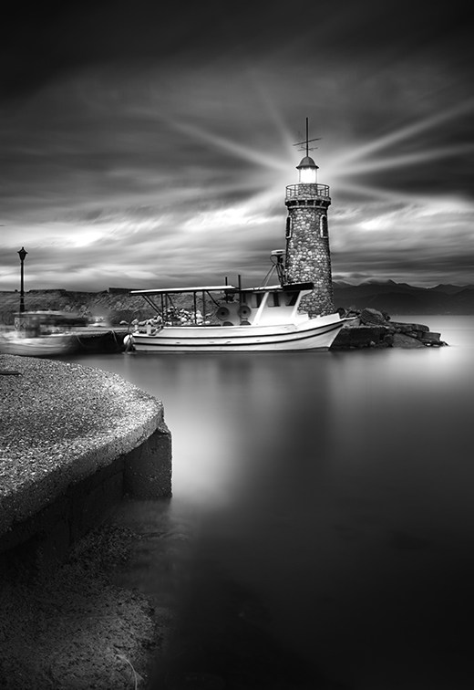 Dreamy-Black-And-White-Photography_2