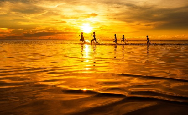 Running in The Sea of Gold