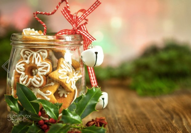 christmas-cookies-in-a-jar-on-wooden-background