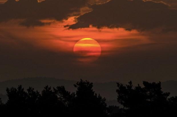Sunrise ( Matthias Bachmann)