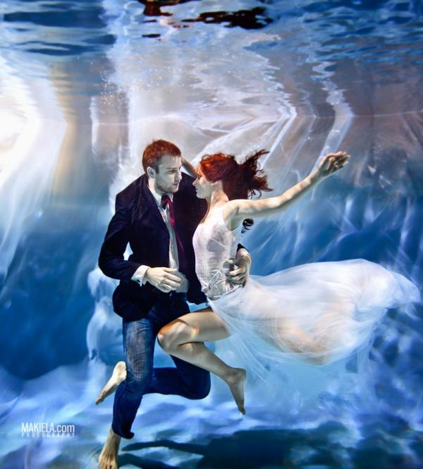 Underwater Lovers