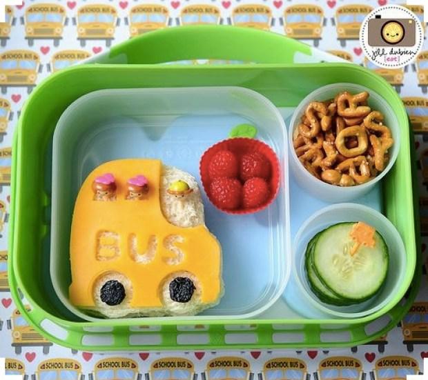 Creative school bus lunch box idea
