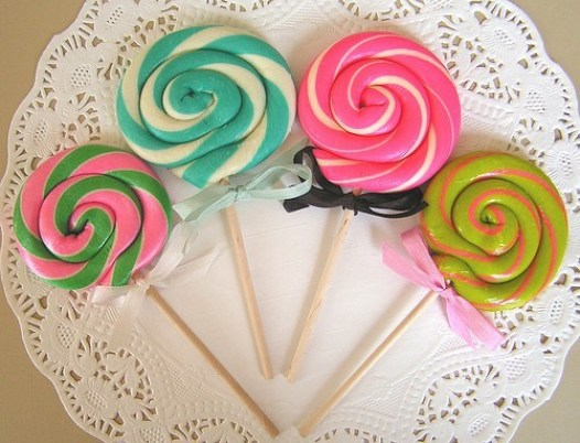 colorful-cute-girly-lollipops-3