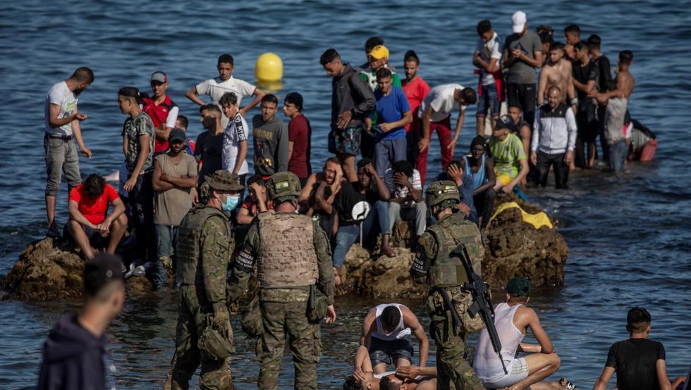 España y Marruecos reviven su conflicto político con una nueva crisis migratoria