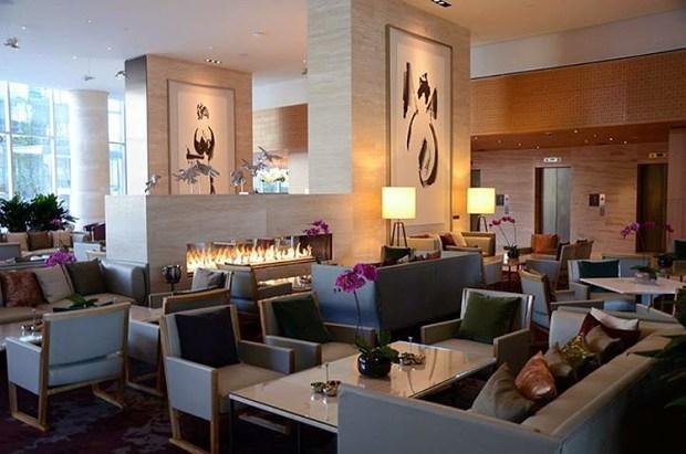 Shangri-La-toronto-lobby-2