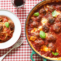 Caramelized Onion Meatballs and Spaghetti
