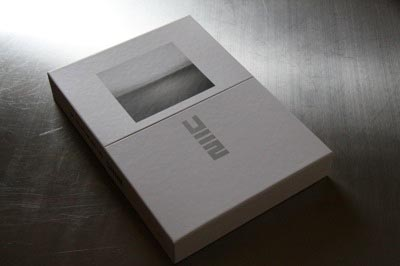 u2-packaging-2.jpg