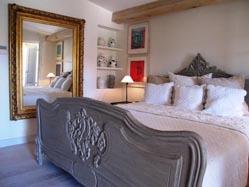 pastis-bedroom1.jpg