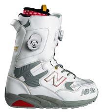 NB_580_boot_white.jpg