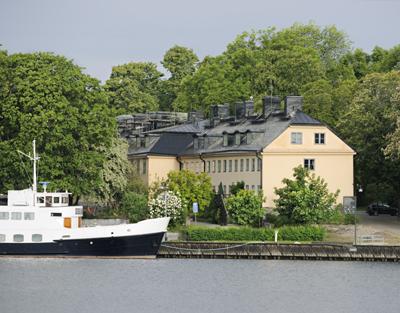 HotelSkeppsholmenFacade1.jpg