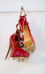 oneshot_redshoes.jpg
