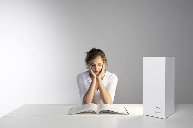 Artek_Bright_White_1_reading.jpg