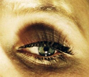 prager-eye2.jpg