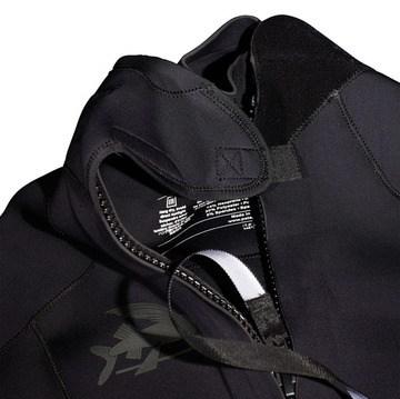 R1-wetsuit-back.jpg