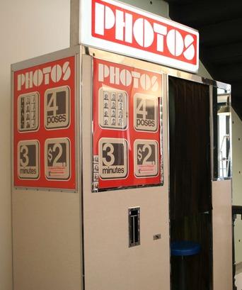 Paris-Bonton-Photomaton.jpg