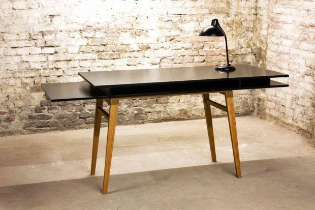 sigurd_larsen_black_desk_2.jpg