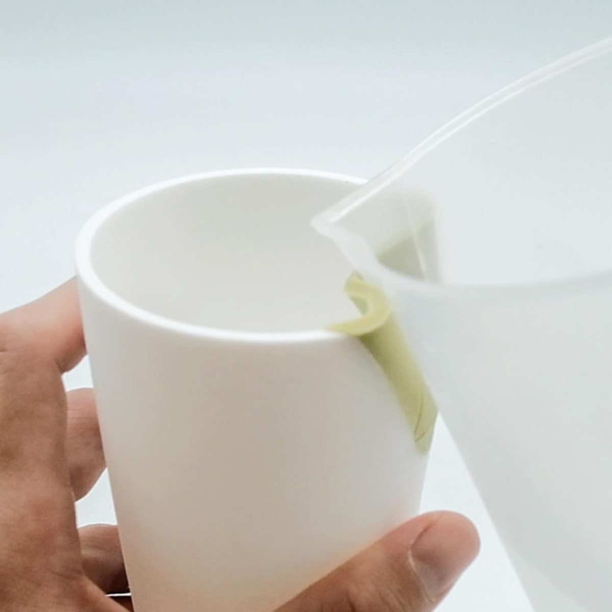 Industrial Designer Jexter Lim's Adaptive Tableware for Visually Impaired People