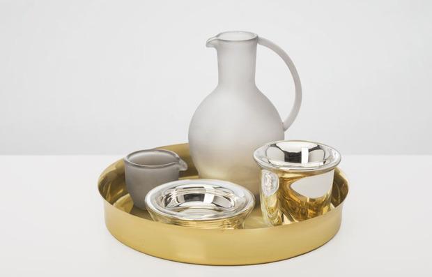 Verreum-Chado-Tea-Set-by-Sebastian-Herkner_Lifestyle-1.jpg