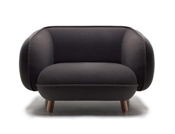 Basset-armchair-by-Iskos-Berlin-for-Versus.jpg