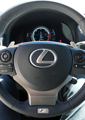 Lexus-F-Sport-Steering-Wheel.jpg
