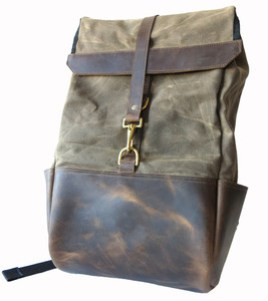 demploi-backpack.jpg
