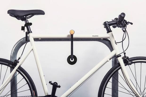 Double-O-bike-light-lock.jpg