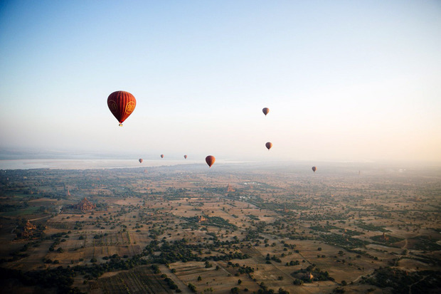 MyanmarHotAir-balloons1.jpg