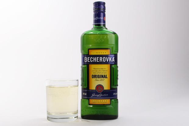 BecherovkaHerbal.jpg