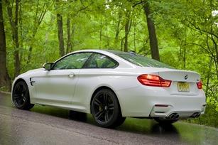 2015-BMW-M4-3.jpg