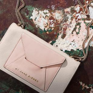 EtienneAigner-handbag.jpg