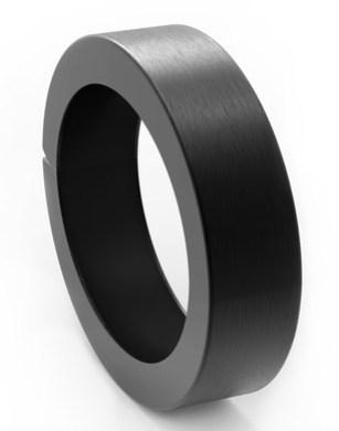 q-designs-qbracelet-black2.jpg