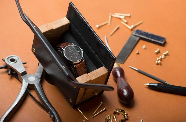 robinson-watch-case-lead.jpg