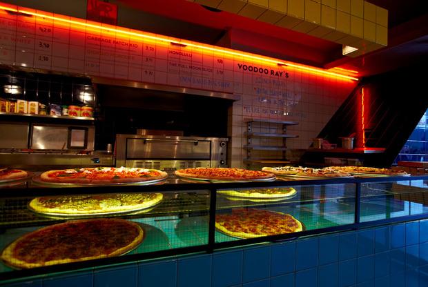 voodoo-rays-pizza-01.jpg