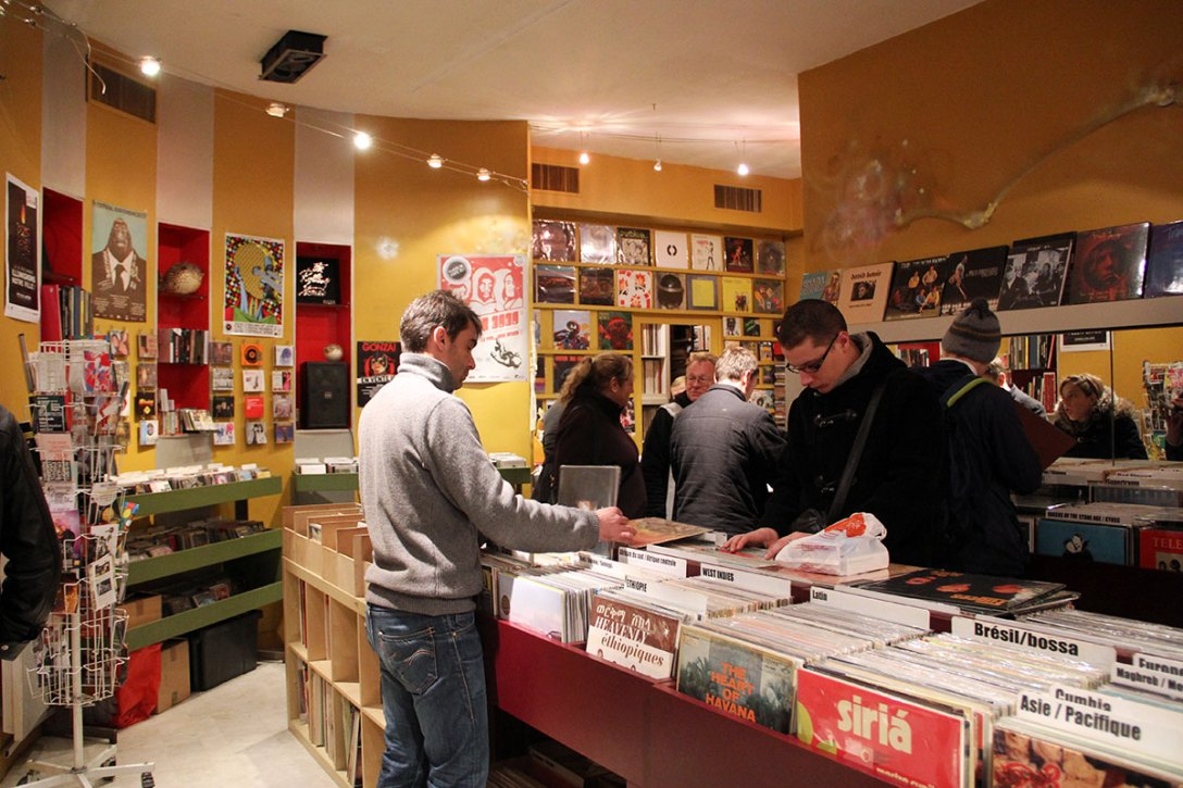 word-of-mouth-lyon-guide-sofa-records.jpg