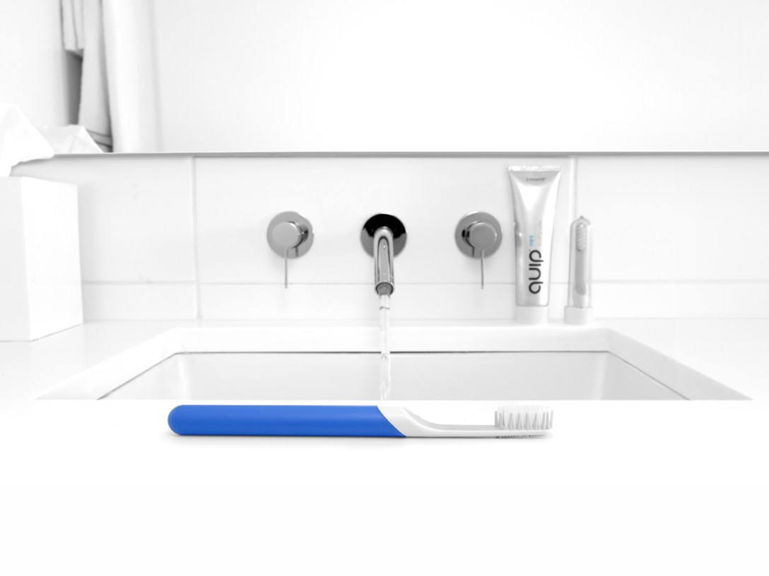 Quip-Toothbrush-01.jpg