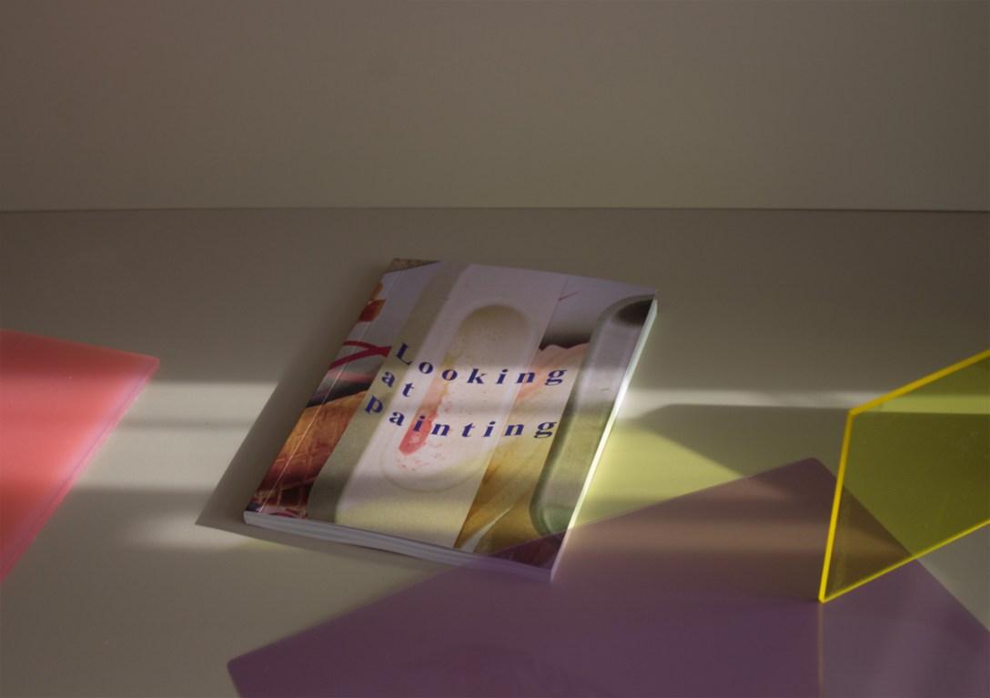 Looking-at-Painting-01.jpg
