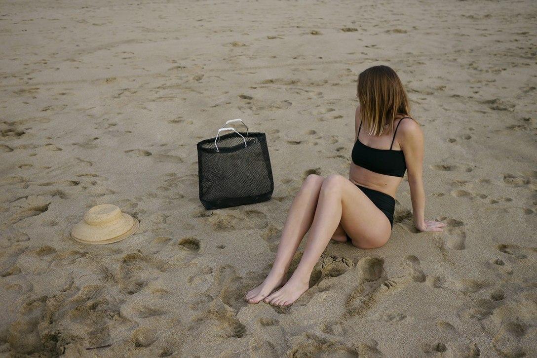 NU-swim-minimalist-simple-swimwear-3.jpg