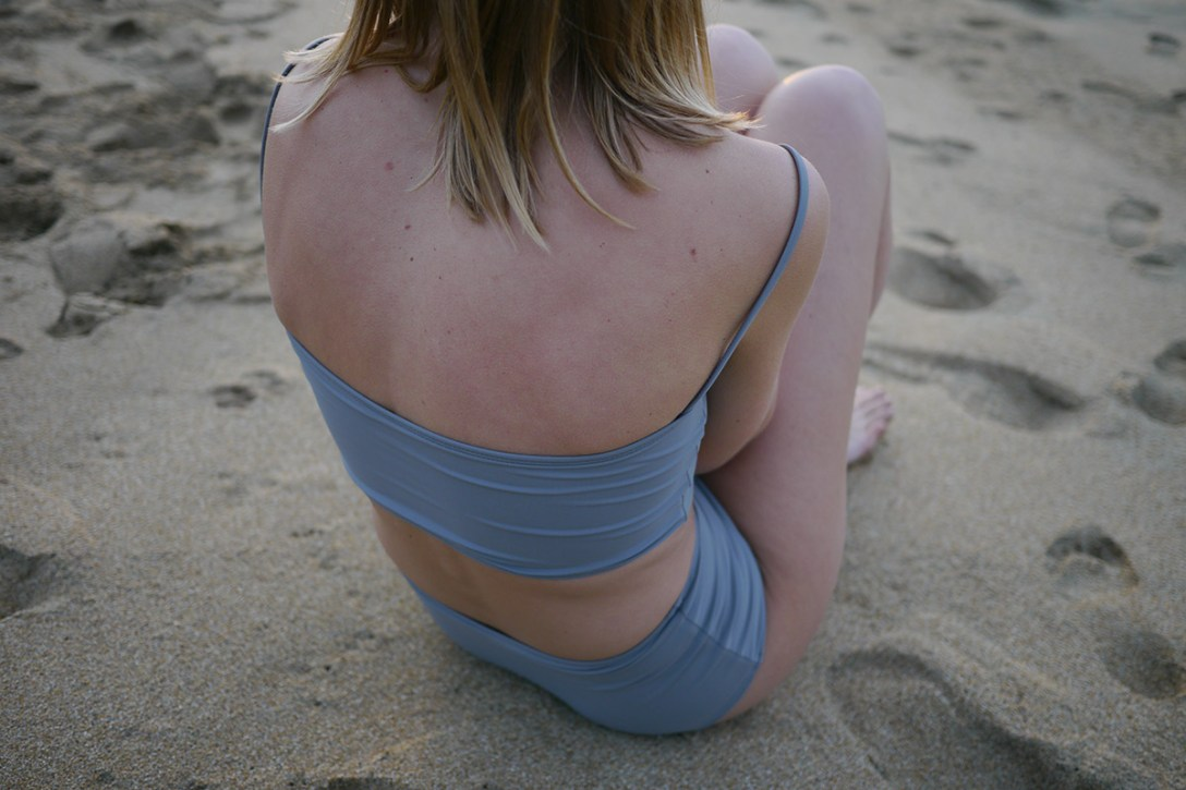 NU-swim-minimalist-simple-swimwear-6.jpg