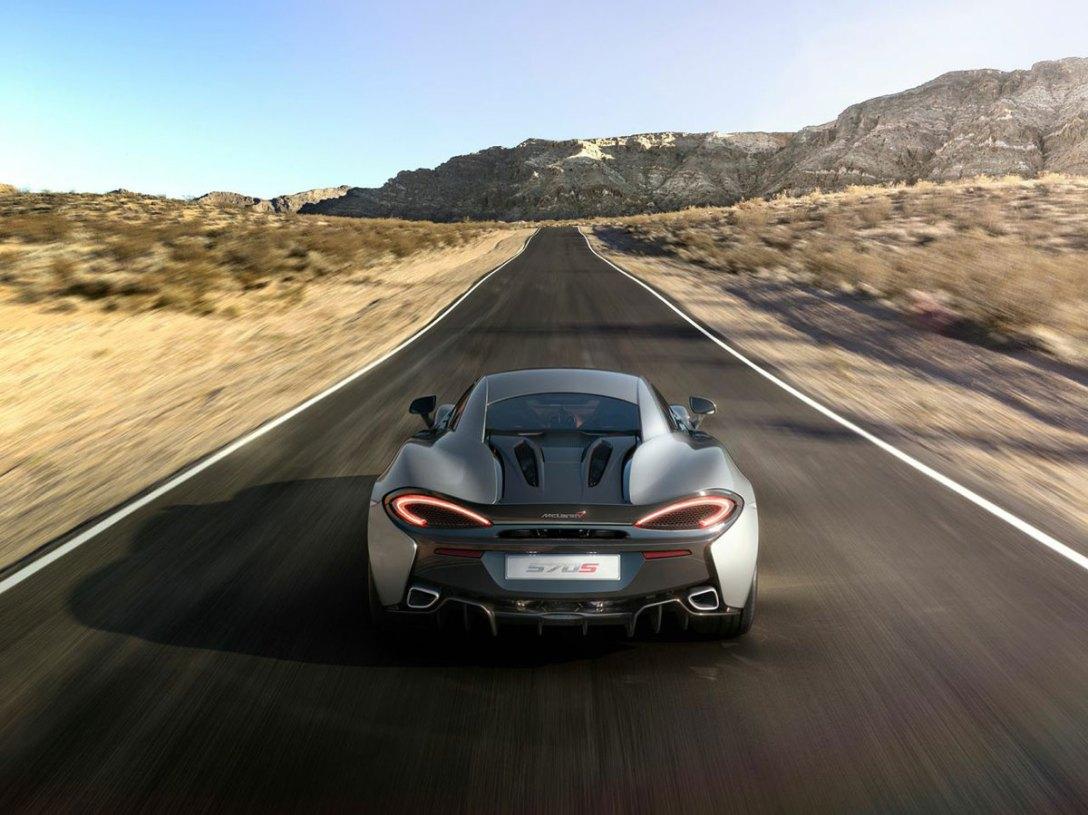 McLaren_570S_04.jpg