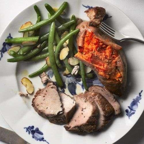 21. Carne de porco com legumes