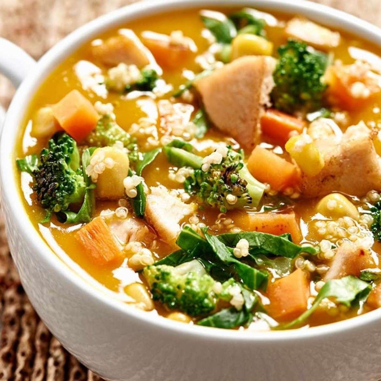 Sopa De Legumes, Frango E Quinoa