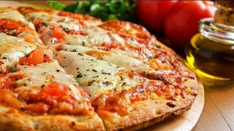 Como fazer uma pizza de bacalhau Portuguesa