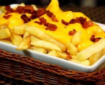 Receita Deliciosa de Batata Frita com Cheddar e Bacon