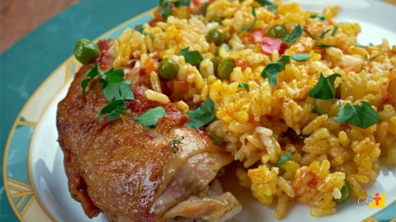 Galinhada | 15 Melhores Receitas de Galinhada Tradicional fáceis de Preparar com um Sabor Brasileiro e Saboroso demais para um Almoço Fácil