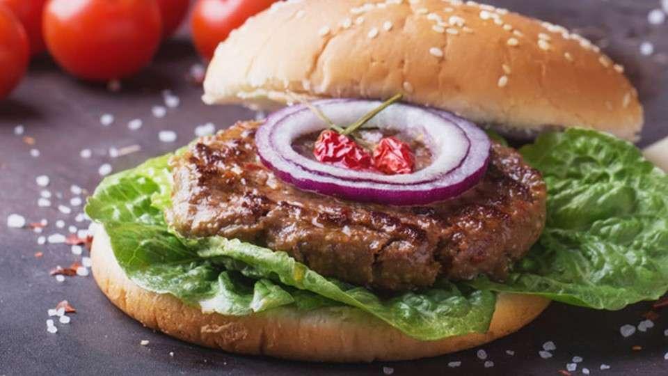 Receita de Hambúrguer de Carne Moída caseiro de forno